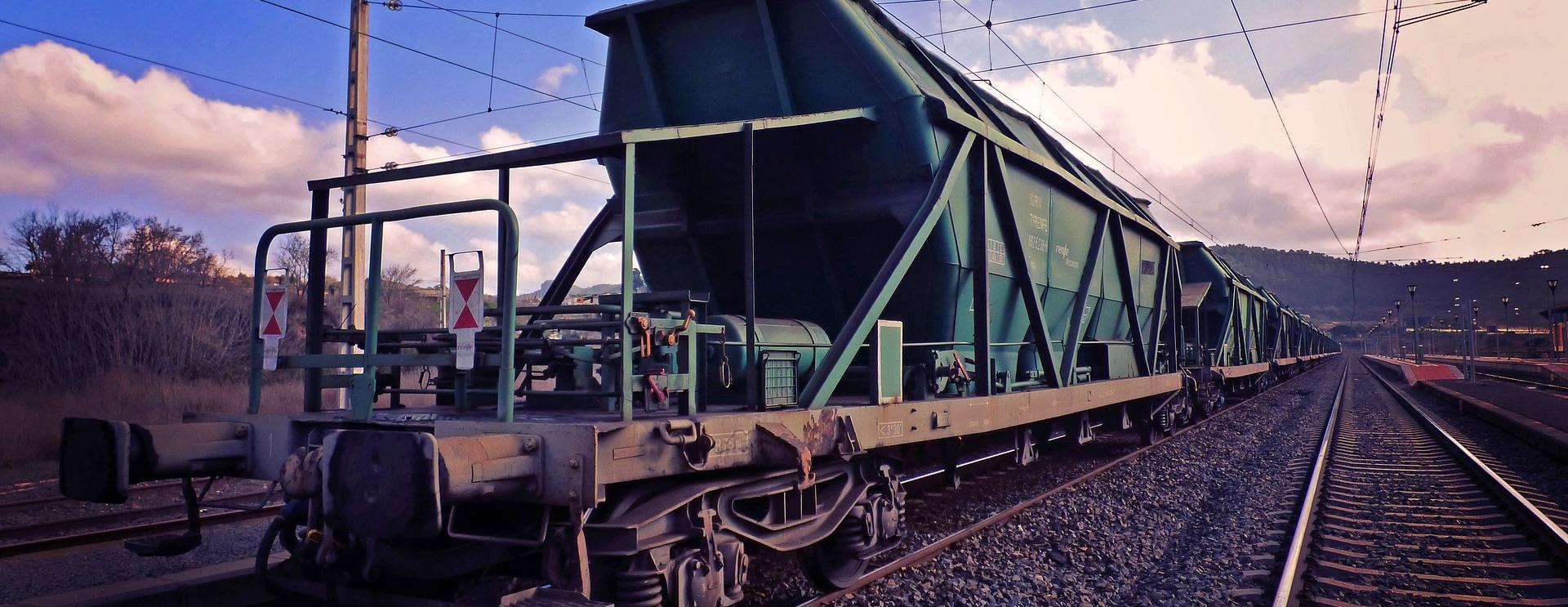 EAEU諸国への輸出を目的とした新しい鉄道特急列車が登場します。