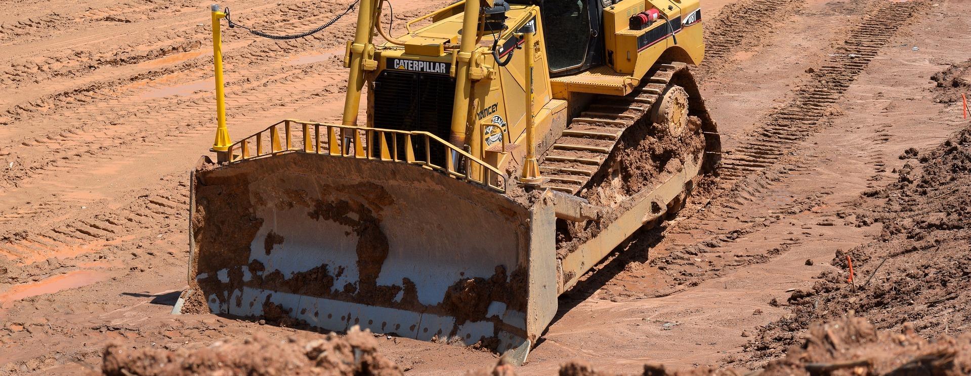 Предприятие Ростеха поставило 4 новых болотоходных бульдозера в Красноярский край