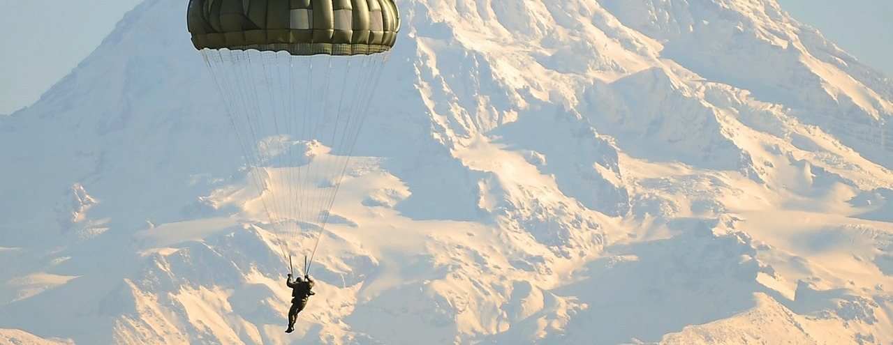 Rostec began supplying new parachutes to the Russian special forces